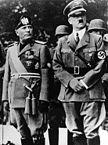 Benito Mussolini com seu aliado Adolf Hitler